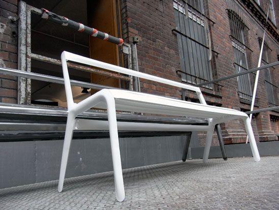 oskar zieta: 'fidu' bench at DMY berlin design festival 09