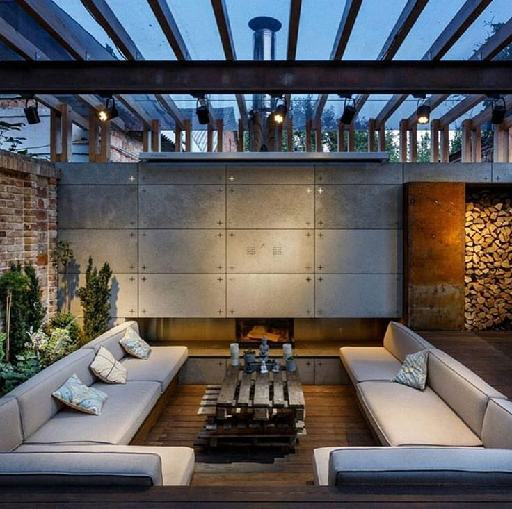 15 modern and contemporary courtyard gardens in the city indoor courtyard exterior design and urban