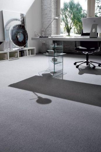 Moderní kancelář s šedým kobercem Girloon / Modern office with grey carpet, Boca Praha http://www.bocapraha.cz/cs/produkt/137/atlantic-role/