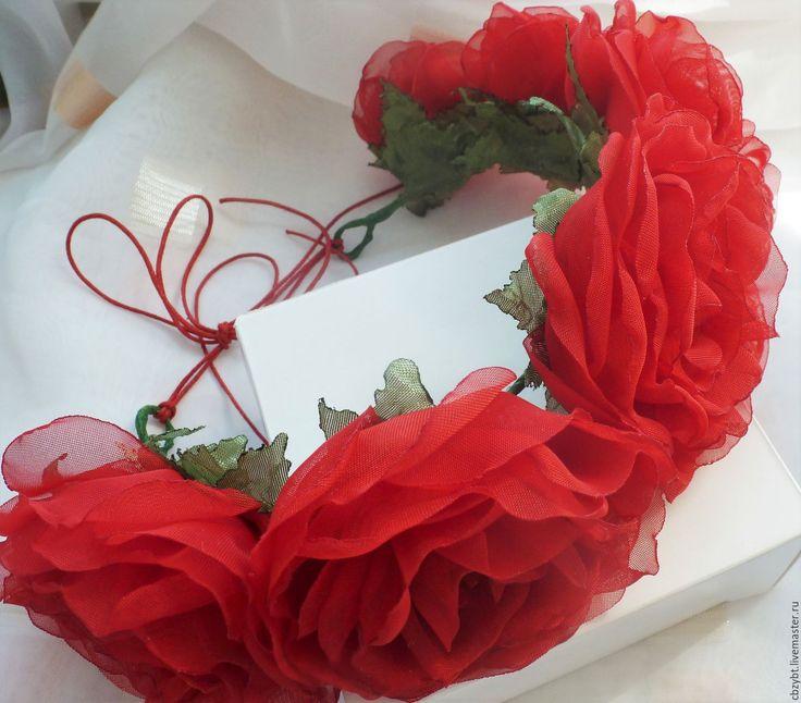 """Купить Ободок с розами из ткани """" - ярко-красный, роза, венок из цветов, венок с цветами"""