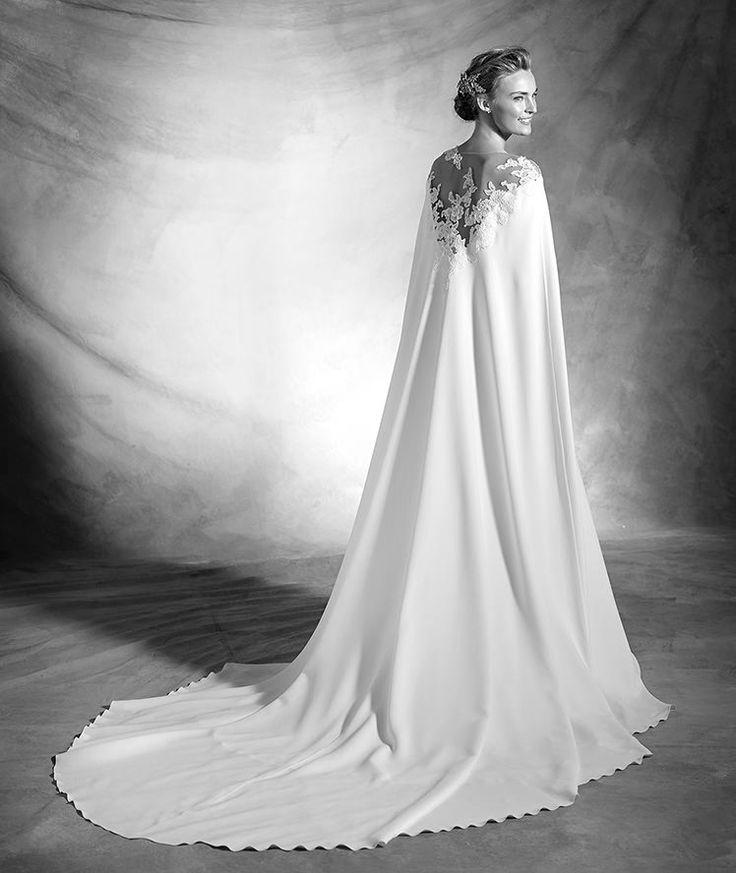 138 best images about atelier pronovias 2016 on pinterest for Winter mermaid wedding dresses