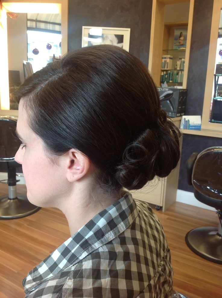 what is the best haircut for thin hair 8 best images about buns on simple 6319
