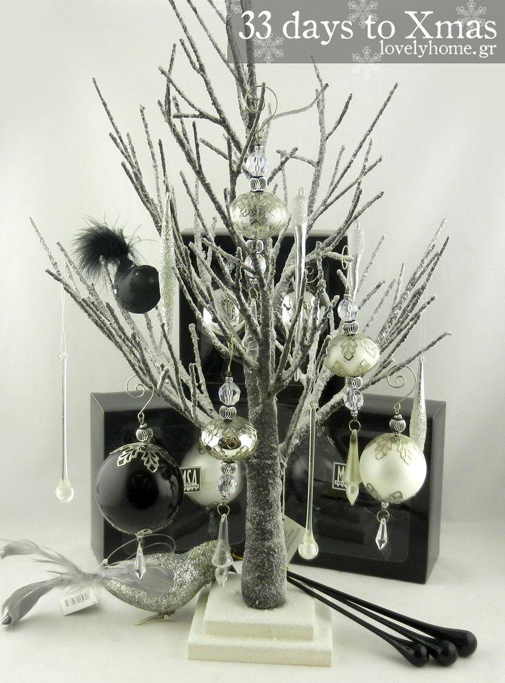 """33 μέρες μέχρι τα Χριστούγεννα! Για να μη ξεχνιόμαστε κι επειδή οι μέρες περνούν... τι χρώμα και στυλ στολισμού θα διαλέξετε για τα φετινά Χριστούγεννα;  Έχουμε περίφημες επιλογές σε μπρονζέ, ασημί, χρυσό, λευκό, μαύρο, διάφανο, παστέλ χρώματα, vintage σειρές, ξύλινες και υφασμάτινες, παραμυθένιες σειρές με όλους τους ήρωες των παιδικών παραμυθιών, """"ζαχαρένιες"""" σειρές, κόκκινες, πράσινες, φλοράλ ... υπέροχα διακοσμητικά, πρωτότυπα στολίδια και εξαιρετικές επιλογές για να διαλέξετε τα δώρα…"""
