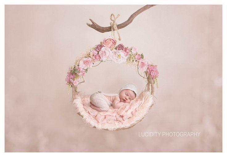 Schöne digitale Neugeborenen Fotografie Prop (Woodland Swing Hängematte Floral) von Li   – Swing