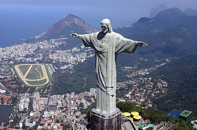 World Wondering: Preview: The Cristo Redentor