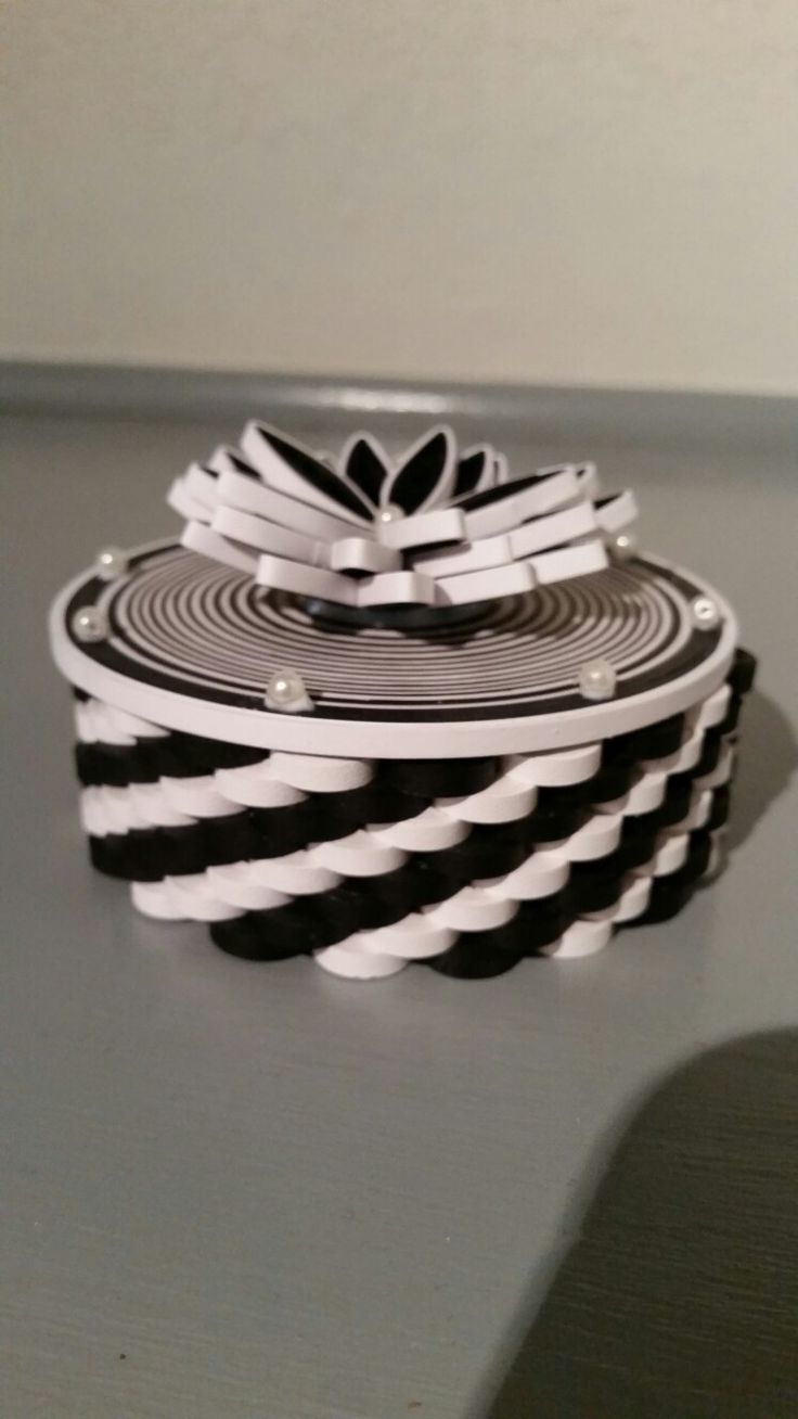 Quilled box