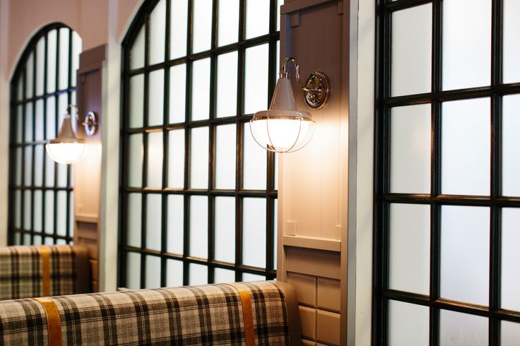 Brewsters Bonavista Restaurant | Holland Design, Restaurant, hospitality, bar, beer, brewery, interior, design, lighting, banquette, windows, mullions, arched, plaid, strapping,