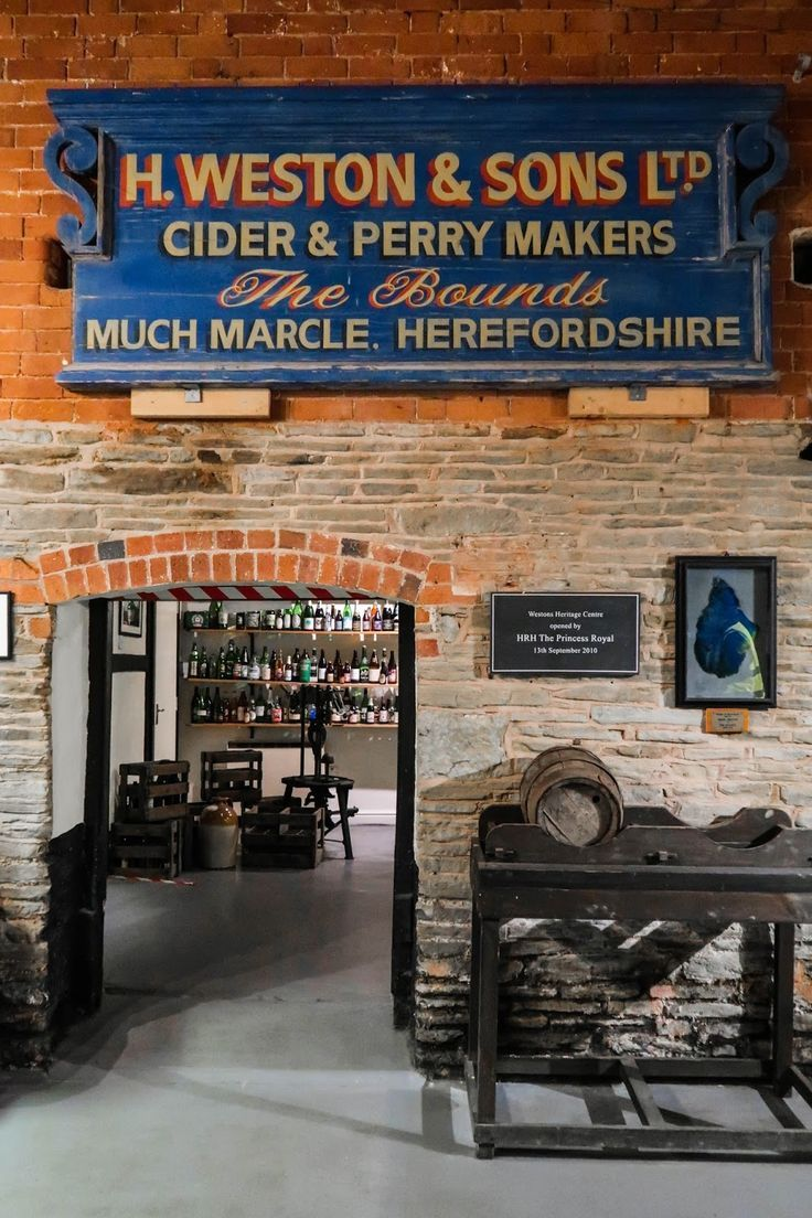 Westons Cider Mill, Much Marcle, orchard in Herefordshire   Cityscape Bliss // Westons harvest, autumn day at the Bounds  Travel Journal
