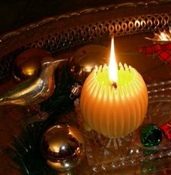 Beeswax Fluted Spheres are beautiful to burn at Christmas! So special!
