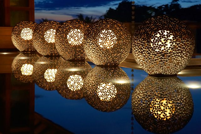 Unique lobby lighting at Shangri-La's Boracay Resort and Spa in the Philippines
