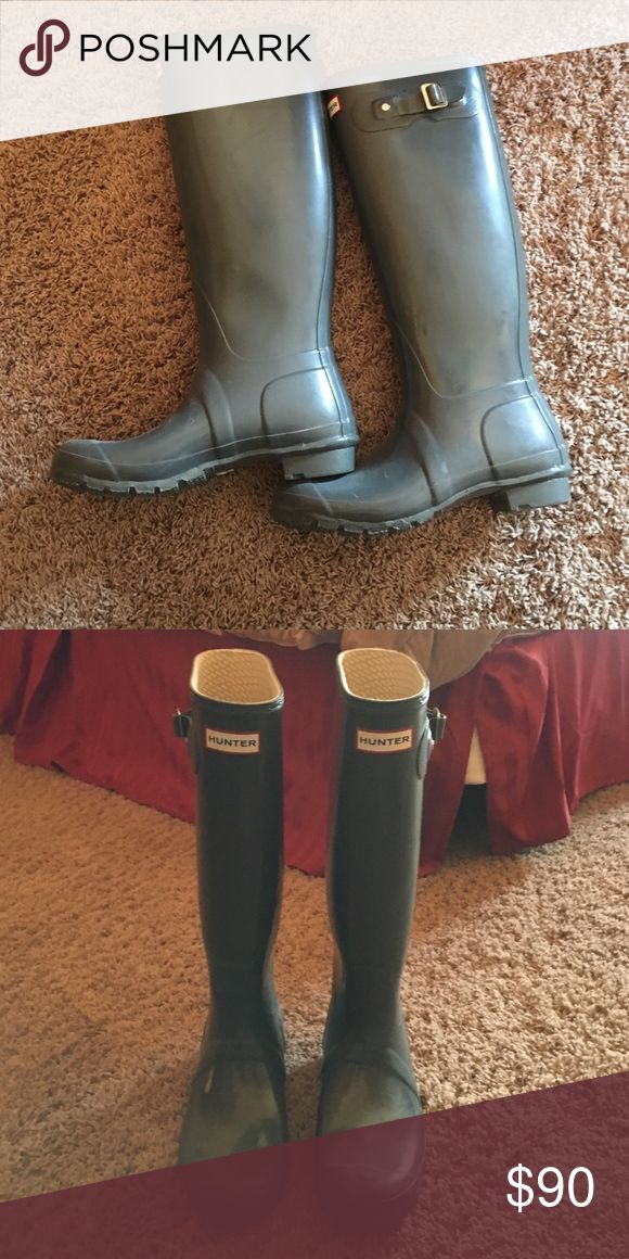 Hunter Boots Grey hunter boots (wellies). Barely work. Great condition. Hunter Boots Shoes Winter & Rain Boots