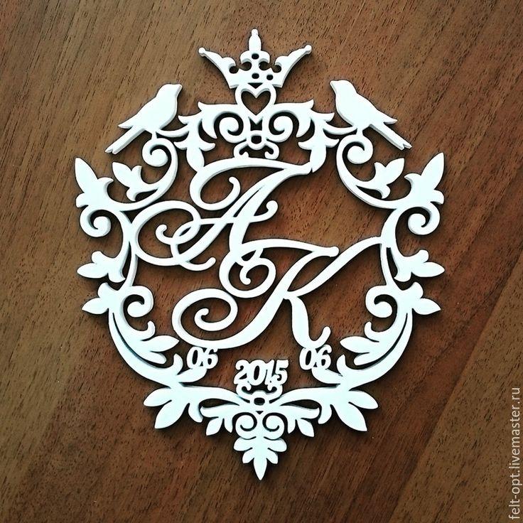 Герб на свадьбу с инициалами сделать