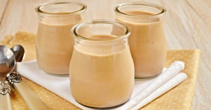 Süt reçeli ( Dulce De Leche ) sadece süt, kabartma tozu ve şekerle yapılan oldukça pratik bir tatlıdır. Kahvaltılık olarak da tüketilebilir.