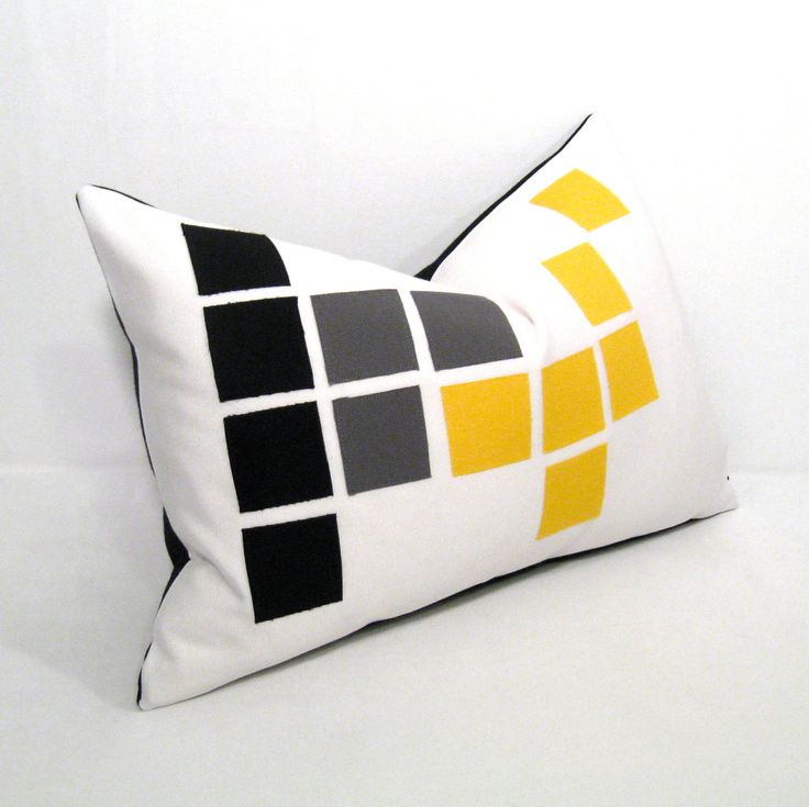 Modern White Pillows : 22 best images about sofakissen s/w on Pinterest Outdoor cushions, Circle pattern and ...