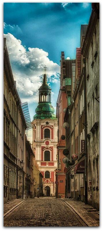 Jacek GadomskiAWESOME Poznań, Klasztorna street