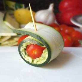 Zucchini Pesto Roll-ups (Raw, Vegan, Gluten-Free). Wondering if I can sub sunflower seeds for cashews