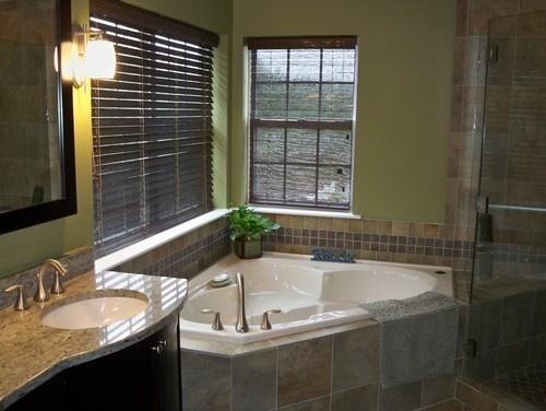 17 best images about master bathrooms on pinterest for Corner tub bathroom ideas