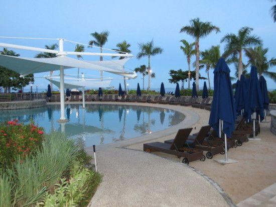 Fiji with Kids | Best Fiji Family Resorts | Radisson Blu Denarau Island