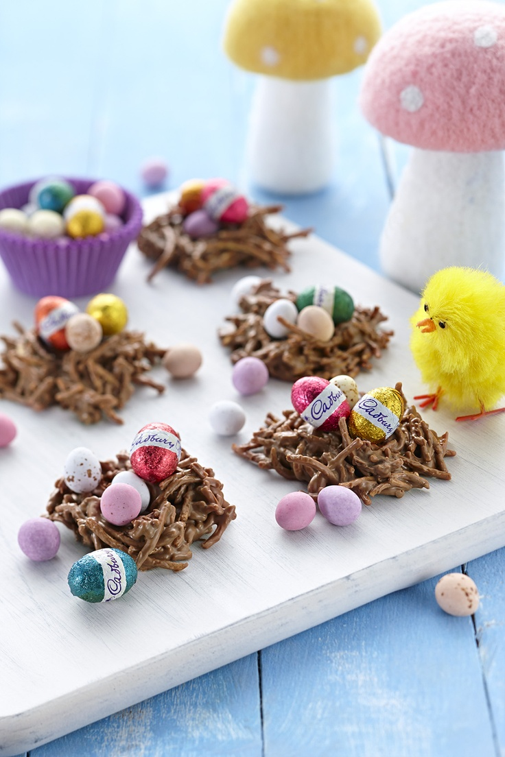 What yummy crunchy Easter chocolate treats these are and so easy for the children to make during the Easter School holidays!