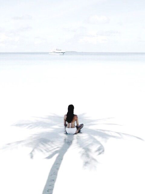 sea | sand | shadows