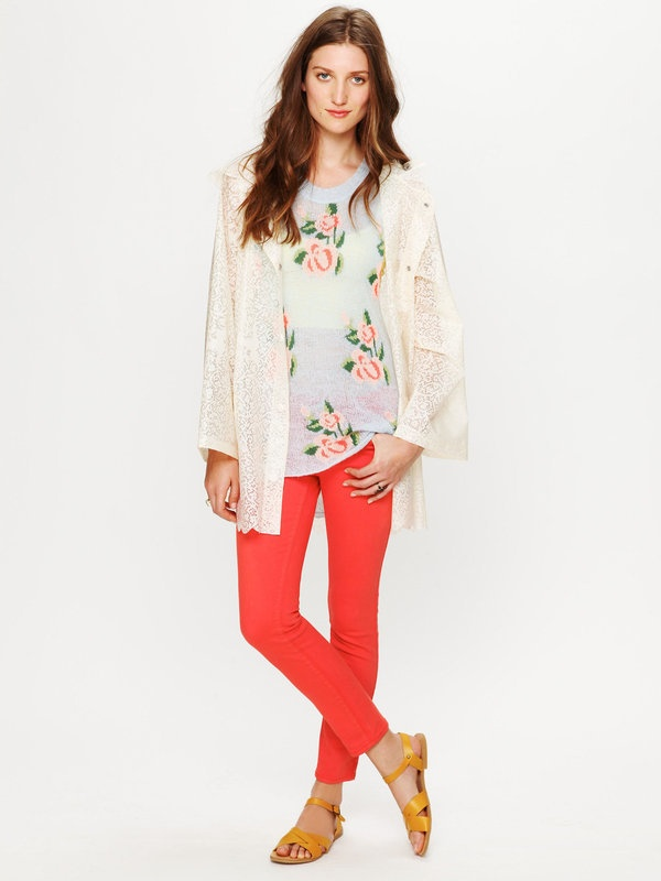 Colored Ankle Crop Jeans: Colored Pants, Ankle Crop, Style, Colored Ankle, Outfit, Free People, Colored Denim, Colored Jeans, Floral Top