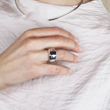 The Facet ring & choker look