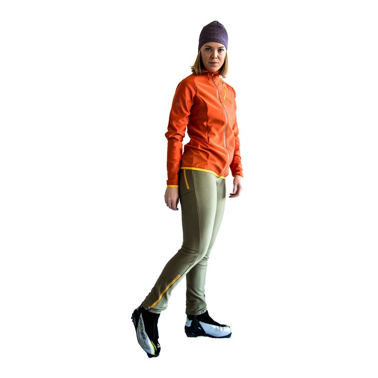 SWEARE XC 50/50 Jacket in the color Orange break and the XC 360 Pant in the color Smooth hulk. These products are perfect for autumn and winter running and of course for XC skiing. All fabrics are manufactured in Sweden and Switzerland from high quality vendors. Products are responsibly made in Estonia. All design and development made in Åre, Sweden. #älskasnö #vasaloppet #älskaåre #längdskidåkning #running #trailrunning #vinter