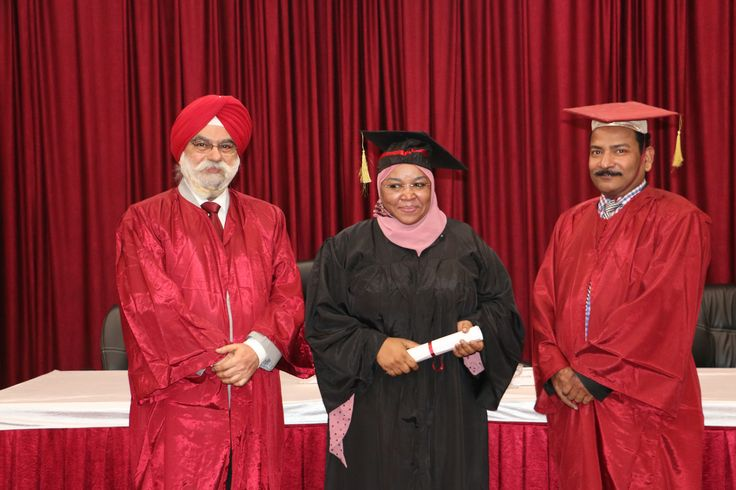 Dr. Tahir Ahmed Amina receiving certificate of  Diploma in Minimal Access Surgery at World Laparoscopy Hospital. For more detail please log on to www.laparoscopyhospital.com