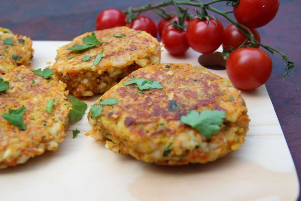 Gordon Ramsay's Halloumi, Zucchini and Herb Cakes   The Quirk and the Cool