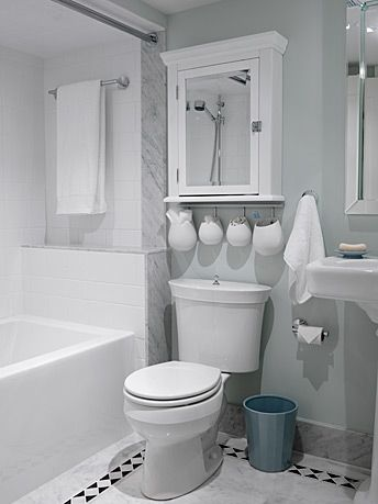 Storage ideas above the toilet....Bathroom | Sarah Richardson Design - Buena idea de utilización del espacio