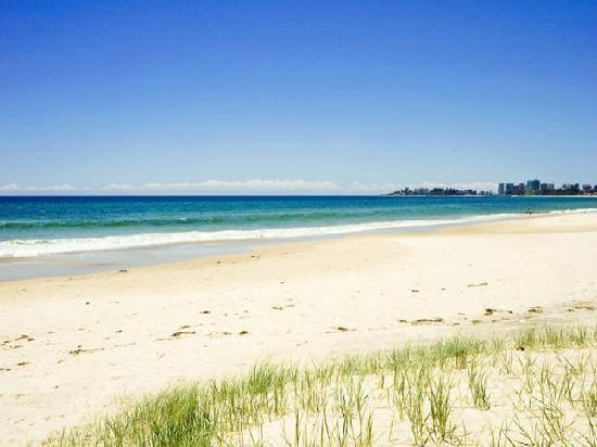Bilinga Beach. Cleo will be learning how to swim here very soon!: Features Image, Favorite Places, Beaches Holidays, Bilinga Pictures, Gold Coast, Bilinga Photo, Candid Photo, Bilinga Beaches, 248 Candid