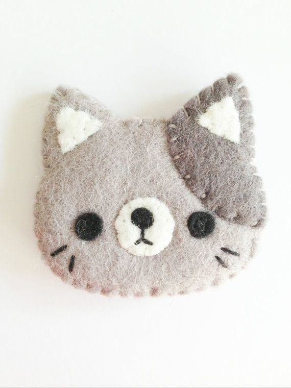 NEW+2014+cat+brooch+kitty+brooch+grey+cat+by littlehappystitches