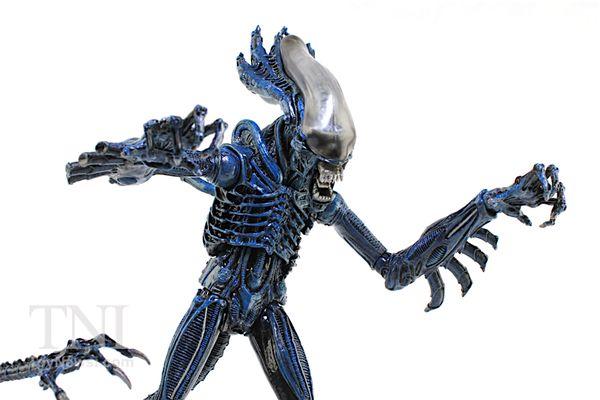 "NECA Aliens 7"" Kenner Gorilla Alien Figure Video Review & Images"