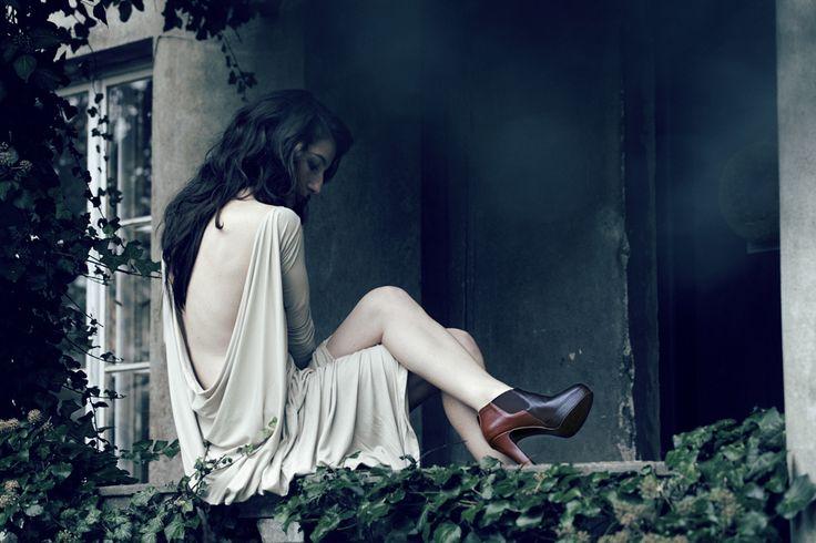 fot H. Karapuda, model M. Prus, make-up and hair I. Jahnz, clothes Hi-end, shoes Aga Prus