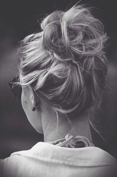 Quick and Easy Messy Bun Hairstyle