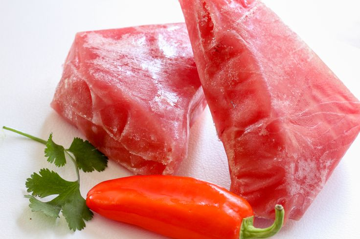 How to cook a frozen ahi tuna steak in minutes tuna for How to cook tuna fish