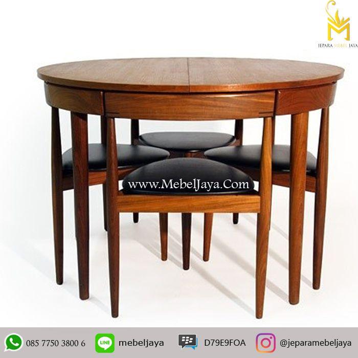 Kursi Cafe Desain Retro dengan Meja lingkaran cocok sekali untuk kursi cafe dan resto anda, material kayu jati solid terbaik Jepara - Meja Kursi cafe