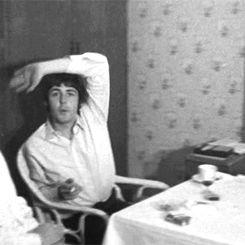 Cute Paul McCartney with Ringo Starr.