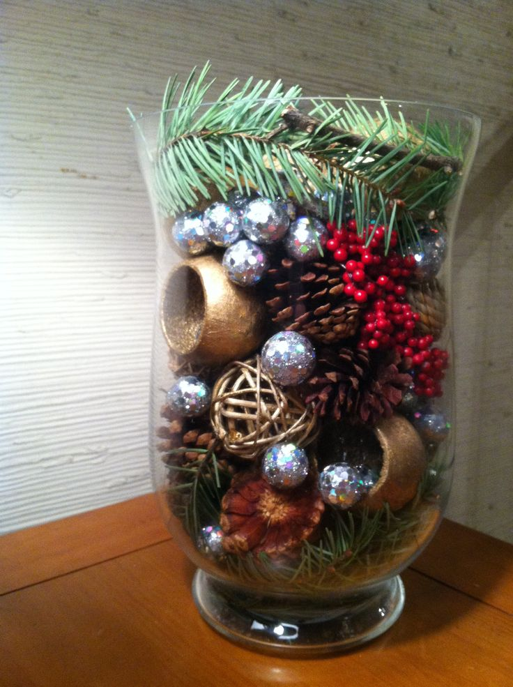 Christmas decor - made with pine tree branches, pine cones, silver balls and misc leftover potpourri #christmas #christmasdecor #homemade