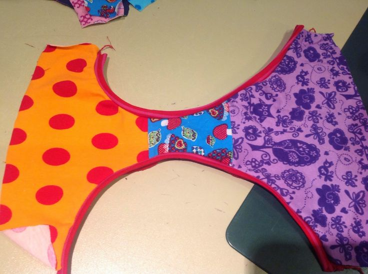 Here is my guide to the badge and sewing a panties. Have fun …