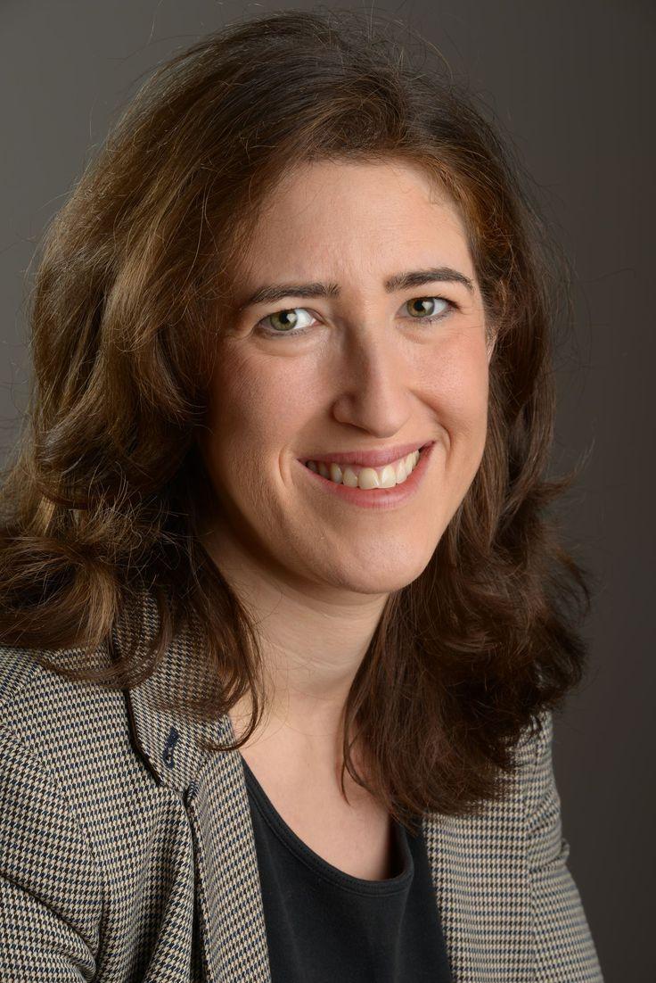 Beth Din must open doors - By Miriam Shaviv