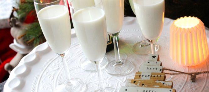 Proost! Met dit aperitief op basis van roomijs, limoncello en prosecco luid jij de feestdagen superfeestelijk in!