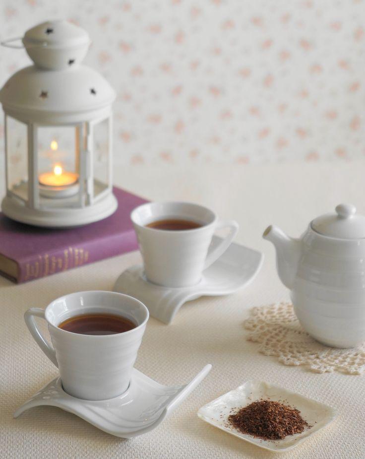 ノンカフェインのお茶:有機ルイボスティー 美容と健康に良い女性に人気のノンカフェインのお茶♡ 香りも良く、苦味や渋みがないのでサラリと飲めます。…