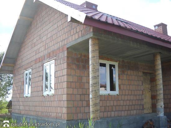 W budowie Modrzyk - szkielet drewniany prefabryk.   extradom