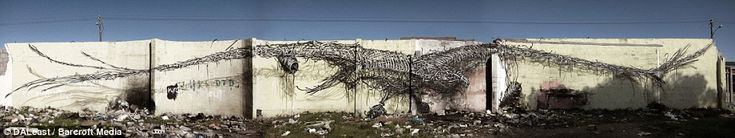 Read more: http://www.dailymail.co.uk/news/article-2392721/DALeast-Breathtaking-work-secretive-Chinese-graffiti-artist-world.html#ixzz2c6gAc0Vm