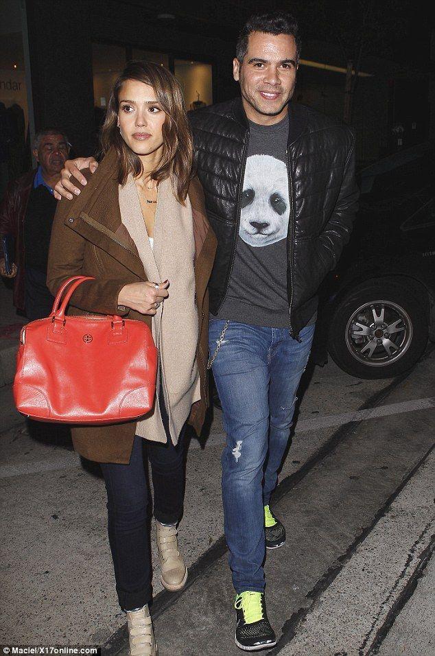 Jessica Alba (January 2013 - July 2014) - Page 48 - the Fashion Spot