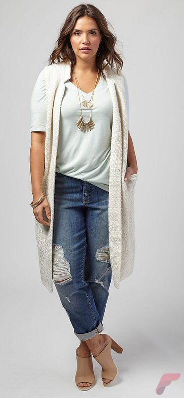 How to Look Stylish with Layering Sweaters Outfit for Plus Size https://fasbest.com/women-fashion/how-to-look-stylish-with-layering-sweaters-outfit-for-plus-size/