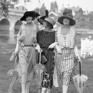 Best CHAPTER A Images On Pinterest October S Shoes - 15 photos showing the amazing womens street style from the 1920s
