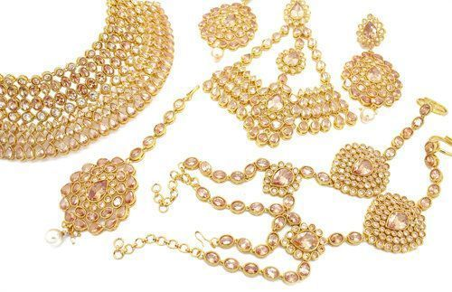 Champagne Gold Light Antique Gold Indian Bollywood Asian Bridal Jewellery Jewelry Set #GoldJewelleryAsian