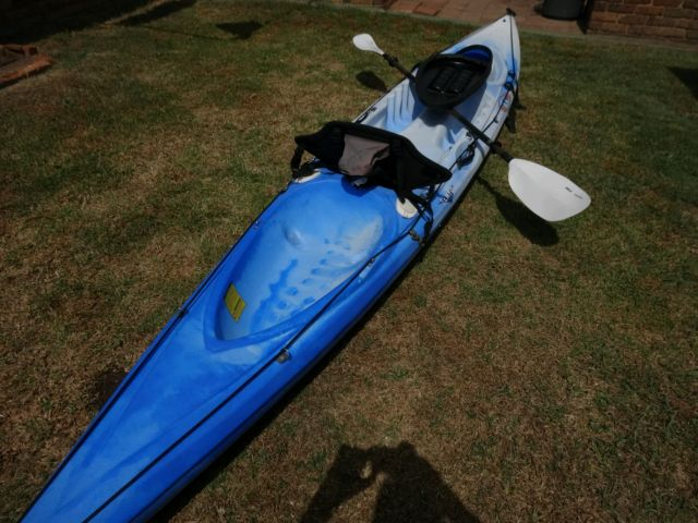 It is 447metres or 14ft 8inches Ocean blue in colour with white Padal Large hatch With fishing rod holders Great Condition, 1174849344